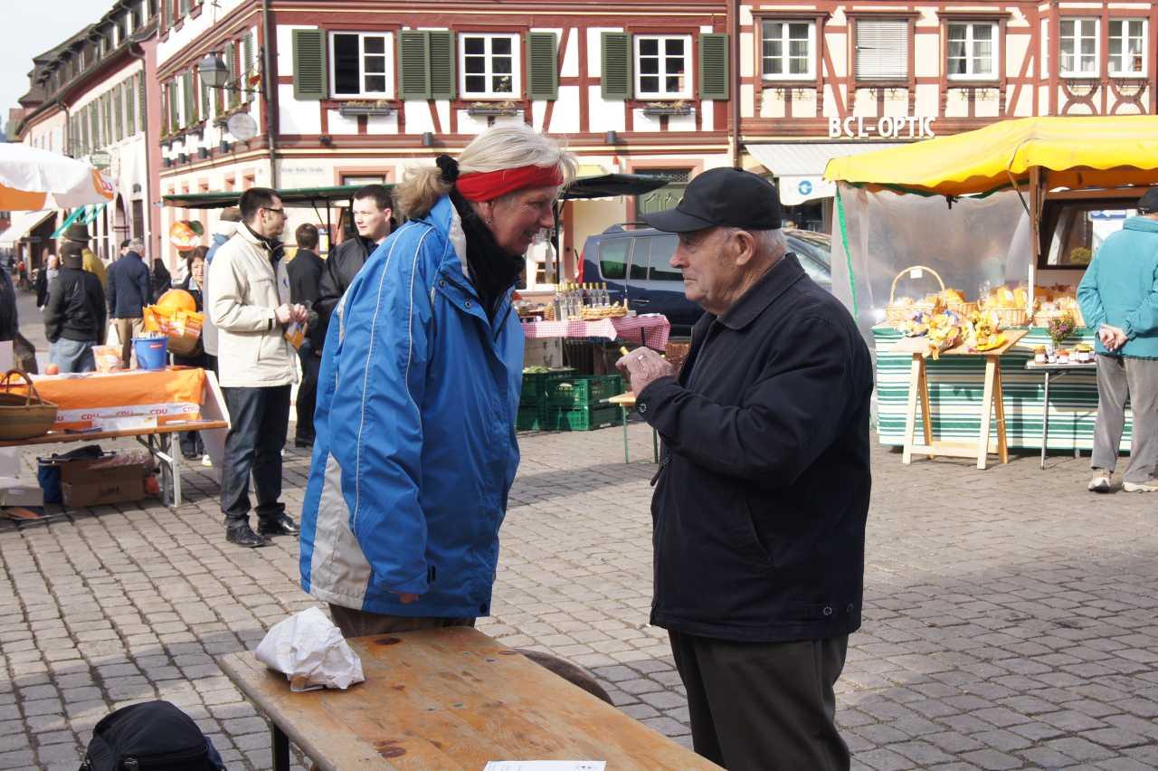kuchenverkauf_2011-013_low